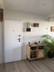 Installation porte appartement
